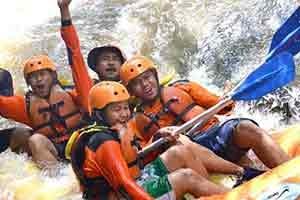 rafting-arung-jeram di batu